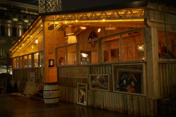 Chalet restaurant au Village de Noël de Liège