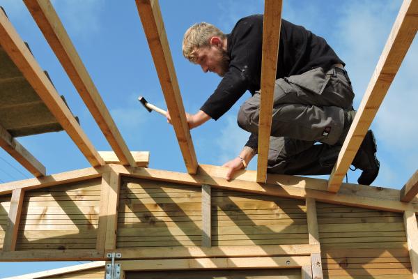 Réalisation de la charpente de toiture pour un atelier à Olne
